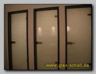 fotodruck im wc auf glas als wandverkleidung duisburg. Black Bedroom Furniture Sets. Home Design Ideas