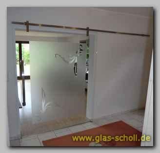 rahmenlose glas schiebet ren mit sichtbaren laufwagen hiska von glas scholl gmbh duisburg. Black Bedroom Furniture Sets. Home Design Ideas