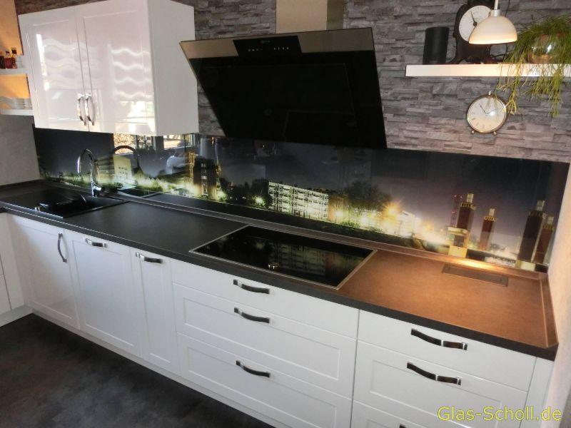 alle spritzschutz fliesenspiegel bilder aus glas in verschiedenen varianten duisburg m lheim. Black Bedroom Furniture Sets. Home Design Ideas
