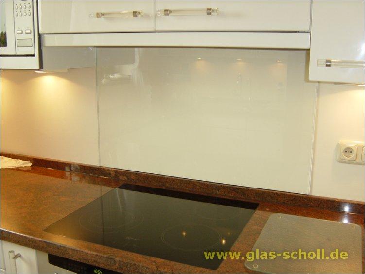 spritzschutz aus klarem sicherheitsglas fertig von rechts. Black Bedroom Furniture Sets. Home Design Ideas